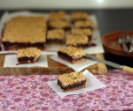 Berry crumble slice