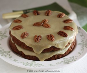 Paleo Carrot Cake, simple decoration